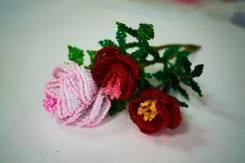 Школа рукоделия. Начальный курс плетения цветов из бисера