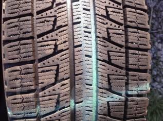 Bridgestone Blizzak Revo2. Всесезонные, 2007 год, износ: 20%, 2 шт