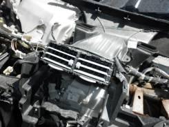 Решетка вентиляционная. Toyota Vitz, SCP90 Двигатель 2SZFE