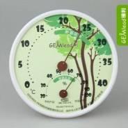 Измерение влажности и температуры в детской комнате (гигрометр)