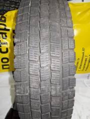 Dunlop DSV-01. Зимние, без шипов, 2013 год, износ: 10%, 1 шт
