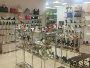 Продавец-консультант. Продавец-консультант в салон обуви. ИП Зонов Д.Г. Торговый центр Максим