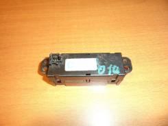 Часы. Nissan Liberty, PM12, RM12