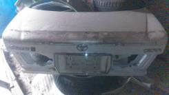 Крышка багажника. Toyota Crown