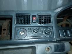 Блок управления климат-контролем. Mazda Bongo Friendee, SGLR Двигатель WLT