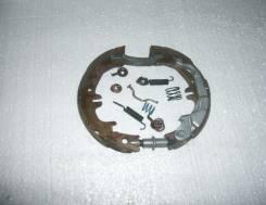 Колодка стояночного тормоза. Toyota Ipsum, ACM21, ACM26W, ACM26