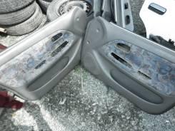 Обшивка двери. Toyota Corolla, CE101G, AE104, CE100, CE101, AE100G, AE101G, CE104, AE101, AE100, EE104, EE101, EE102, EE100, CE100G Toyota Corolla Wag...
