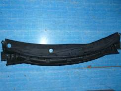 Решетка под лобовое стекло Nissan Tiida Latio, передняя