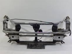 Рамка радиатора Subaru Impreza, передняя