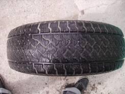 Icegreft 2 studless, 215/65R15