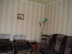 2-комнатная, улица Комсомольская 71/3. Центральный , частное лицо, 52 кв.м. Комната