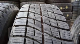 Bridgestone Ice Partner. Зимние, без шипов, 2012 год, износ: 10%, 2 шт