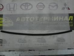 Уплотнитель двери багажника RAV-4