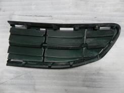 Решетка в бампер правая RAV-4