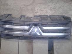 Решетка радиатора. Mitsubishi Pajero, V88W, V93W