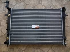Радиатор охлаждения двигателя. Hyundai ix35 Hyundai Tucson Kia Sportage