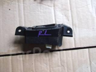 Кнопка управления дверями. Subaru Legacy B4, BLE Subaru Legacy, BPH, BLE, BP5, BP9, BL5, BL9, BPE Двигатели: EJ20X, EJ20Y, EJ253, EJ255, EJ203, EJ204...