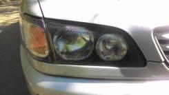 Фара. Toyota Ipsum, SXM10