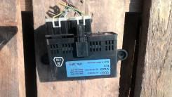 Блок управления приборами. Audi V8