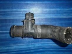 Патрубок радиатора. Mazda MPV Двигатель FS