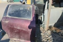 Дверь правая  задняя Toyota WISH 10