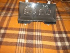 Панель приборов. Toyota Hiace, LH129V Двигатель 3L