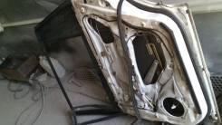 Дверь задняя правая на  Mazda Premacy, CP8W