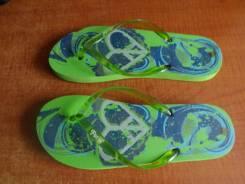 Продам новую обувь женскую - шлепки летние