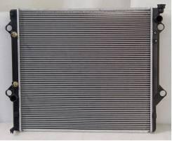 Радиатор охлаждения двигателя. Toyota Hilux Surf, KDN215, RZN210, TRN215, TRN210, GRN215, TRN210W, KDN215W, RZN215W, GRN215W, RZN215, TRN215W, VZN215...