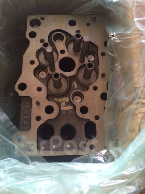 Головка блока цилиндров. Komatsu D375A-5 Komatsu WA600-3 Komatsu PC1250