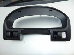 Консоль панели приборов. Mazda Bongo Friendee, SGEW Двигатель FEE