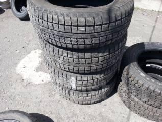 Toyo Winter Tranpath MK4. Зимние, без шипов, износ: 10%, 4 шт