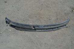 Решетка под дворники. Mazda Capella