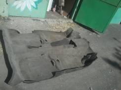 Ковровое покрытие. Audi 80