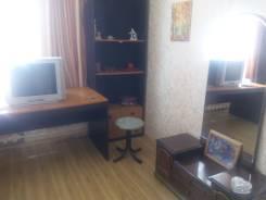 2-комнатная, улица Авраменко 15а. Эгершельд, частное лицо, 30 кв.м. Комната