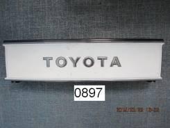 Решетка радиатора. Toyota Van, YR31, YR29, YR32, YR22 Toyota Masterace, YR28, CR21, CR28, CR37, CR30, YR36, YR30, YR20, YR21 Toyota Town Ace, CR30, YR...