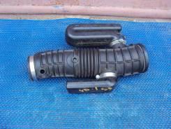 Патрубок воздухозаборника. Honda MDX, YD1 Двигатель J35A
