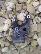 Кронштейн опоры двигателя. Citroen C5
