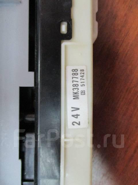 Кнопка стеклоподъемника. Mitsubishi Canter