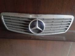Решетка радиатора. Mercedes-Benz E-Class, W211