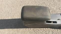 Бардачок. Toyota Corolla Fielder, ZZE123