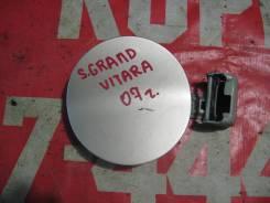 Люк бензобака Suzuki Grand Vitara