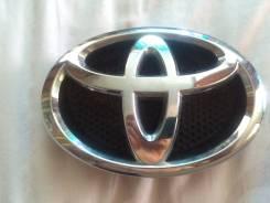 Эмблема решетки. Toyota Corolla, ZRE152 Toyota Auris, NDE150, ADE157, ADE150, ZZE150, ZRE151, ZRE152 Двигатели: 2ZRFE, 1ZRFE, 1ADFTV, 4ZZFE, 2ADFHV, 1...