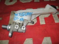 Цилиндр главный тормозной Volkswagen Tiguan 2011>