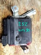 Блок управления двс. Toyota Vitz, SCP90 Двигатель 2SZFE