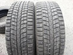 Dunlop SP Winter ICE 01. Зимние, шипованные, 2013 год, износ: 10%, 2 шт