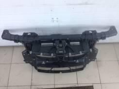 Рамка радиатора. BMW 1-Series