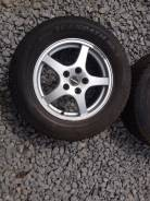 Диски R16 + Шины б/у Toyo Winter Tranpath MK3 215/65 в наличии !. 6.5x16 5x114.30 ET33 ЦО 73,1мм.