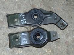 Крепление радиатора. Nissan Bluebird, EU14 Двигатель SR18DE
