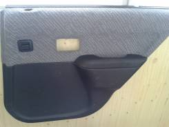 Обшивка двери. Toyota Corsa, EL41